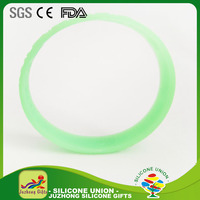 Promotion Segment Colors Silicone Bracelets with logo for the sports gift,custom fashion silicone bracelets