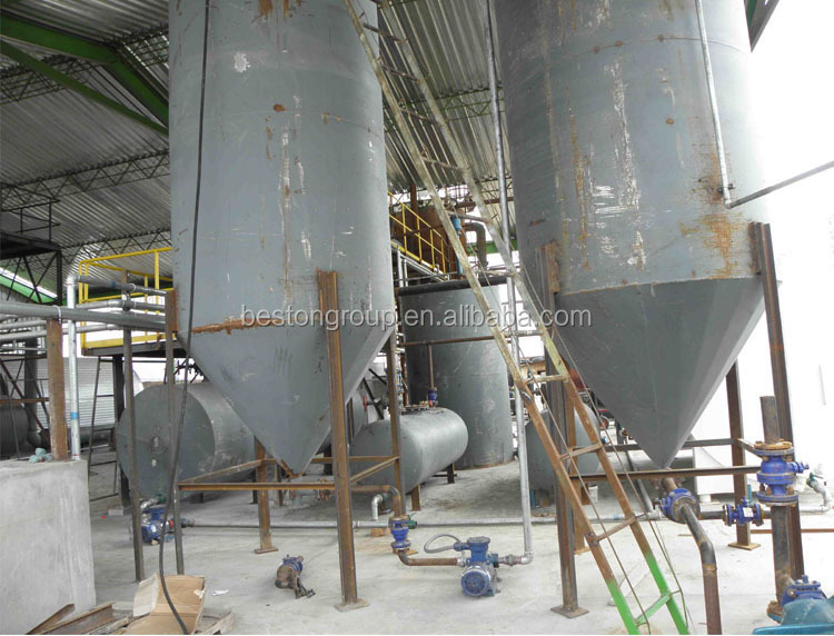 Environmental protection plastic recycling to oil extracting oil machine