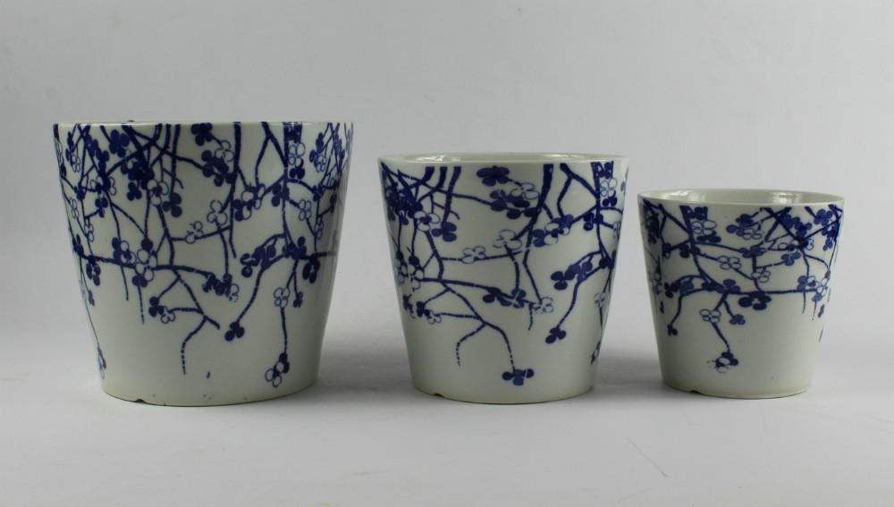 Set Of Three Blue White Ceramic Flower Pots Buy Flower
