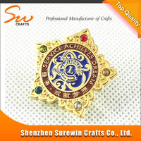 globle sale very popular metal gold badge with the international lion club logo / metal pin badge with nice diamond