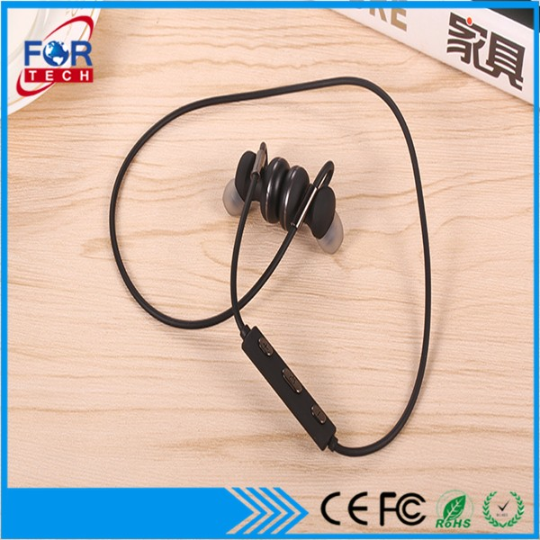 Electronics gift V4.0 Super Mini Stereo Invisible In-Ear wireless gaming headphone 3d rubber key holder