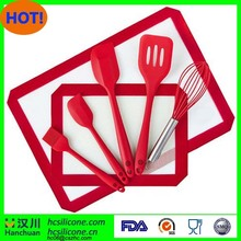 Red color Silicone Baking Mat and Baking Kitchen Utensils Set (7 Pieces)