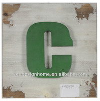 "LIME GREEN ""C"" WOODEN LETTER WALL DECORATION"