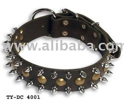 Leather dog collar/Spiked leather dog collar