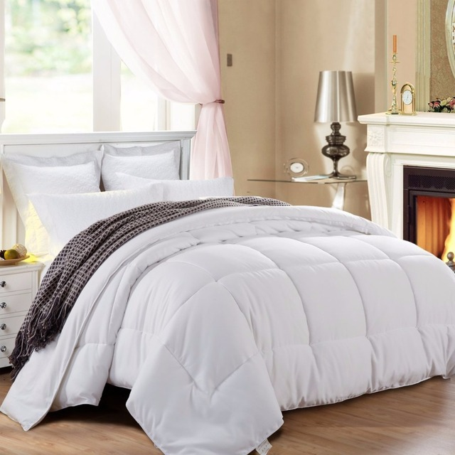 Home textile five star cotton fabric filled thick soft microfiber filling polyester comforter quilt /duvet