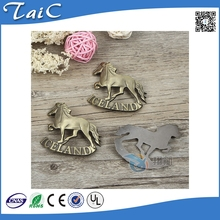 Custom made metal badges horse shape emblems badges