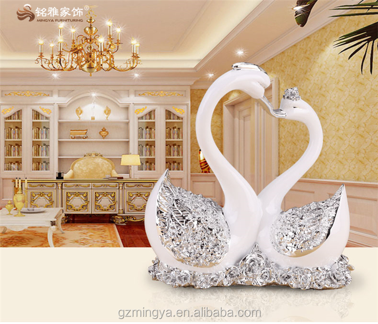 Christmas gifts wedding romantic luxury high-end polyresin material elegant design couple happiness resin military swan statues