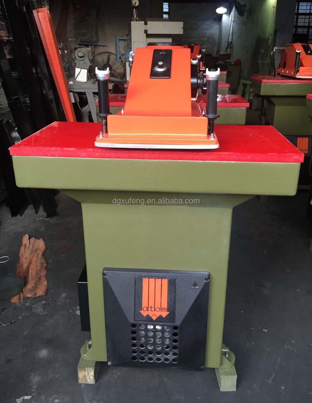 shoes making machine price, ATOM SE20 cutting leather