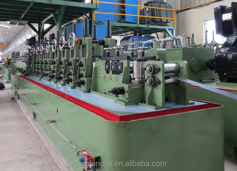 Steel tube roll forming mill