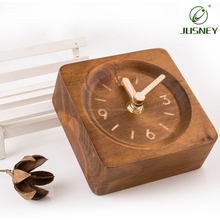 Wholesale Custom Wooden Non-Ticking Bedroom Battery Operated Square Digital Table Clock Household Decorative Office Desk Clock
