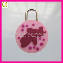 Factory directly make high quality pvc/silicone ring zipper pull for garments
