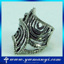 2016 New Trend Fashion Female Fashion Hot-Sale Silver Vintage Ring Man With Black Stone R0118