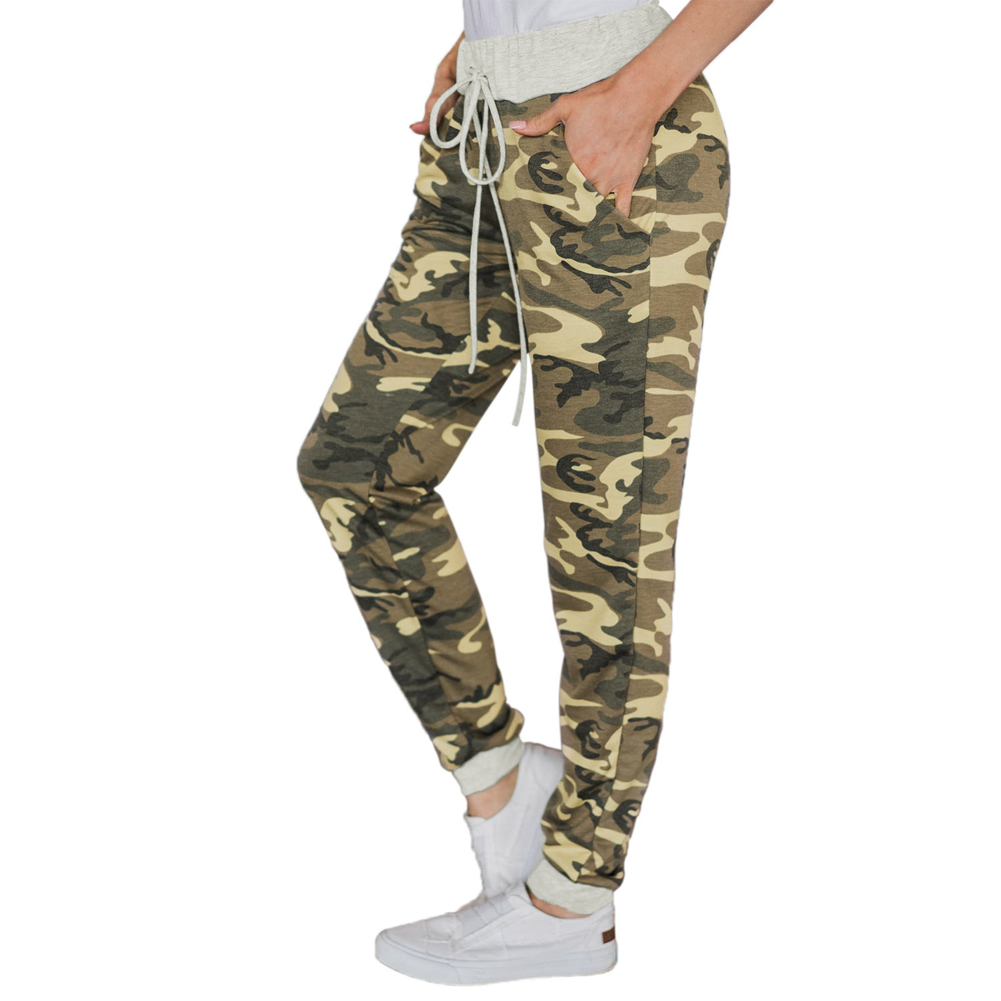 Women Army Green Pocketed Camo Print Joggers Leggings Pants
