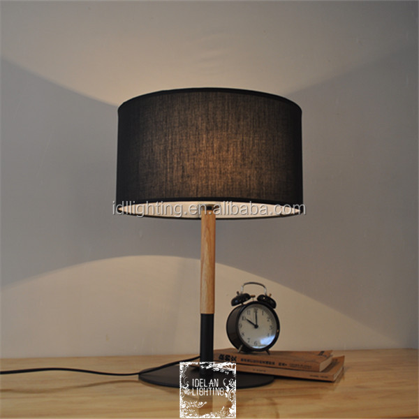 Modern Style high quality table lamp wooden desk lamp black metal base with drum black lamp shade