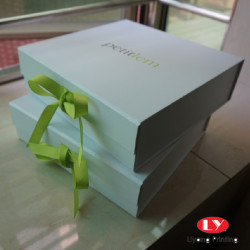 luxury gift box packaging paper