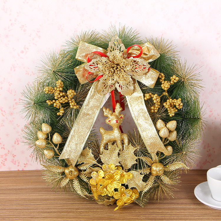 Wholesale Christmas 35cm wreath decoration artificial pine wreaths