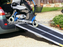 Aluminium tri-folding portable car loading ramp