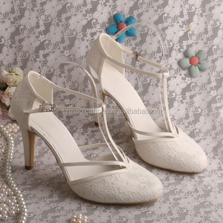 Vintage Ivory Lace Wedding Shoes