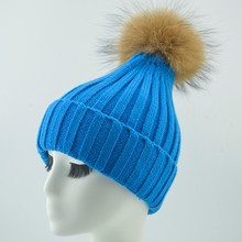 Latest Colorful Beanie Hat Hand Made Knitted Wool Hats With Fur Pompom