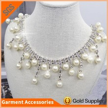 Wholesale Handmade Pearl And Rhinestone Neck Trim Crystal Cup Chain Mesh