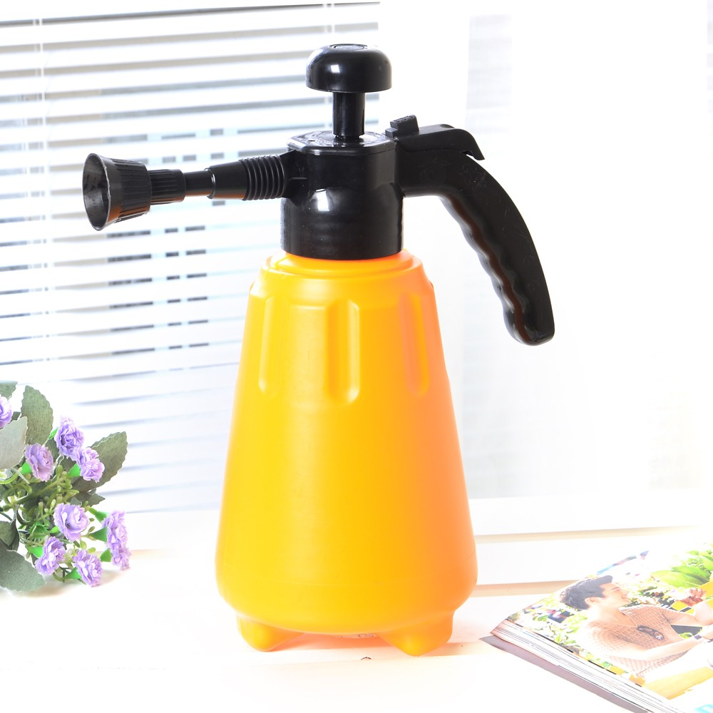 1.5L pressure Sprayer Type and Plastic Material compression sprayer