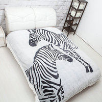 Bedshe New flannel blanket,not printing,carved 100 polyester blanket