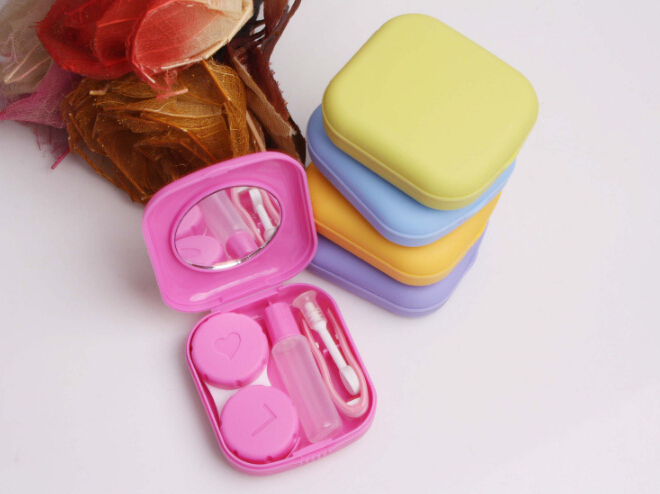 Cute Pocket Mini Contact Lenses Case Travel Kit Easy Carry Mirror Container Holder
