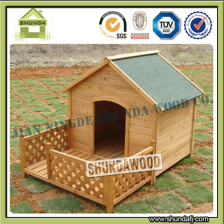 SDD10 Large Wooden Dog House with Run