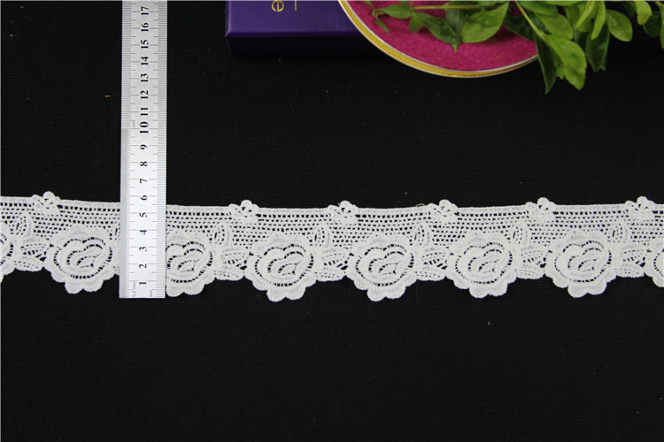 New design flower embroidery lace trim & lace trimming for lady garment