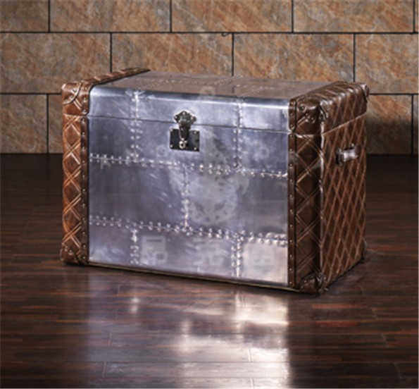 Silvery storage trunk box with alminium covered decorative storage boxes L817