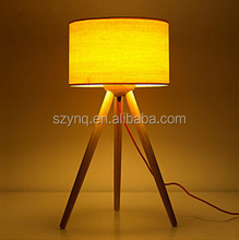 tripod decoration wooden studying table lamp
