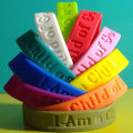 2014 new product customizable silicone bracelets