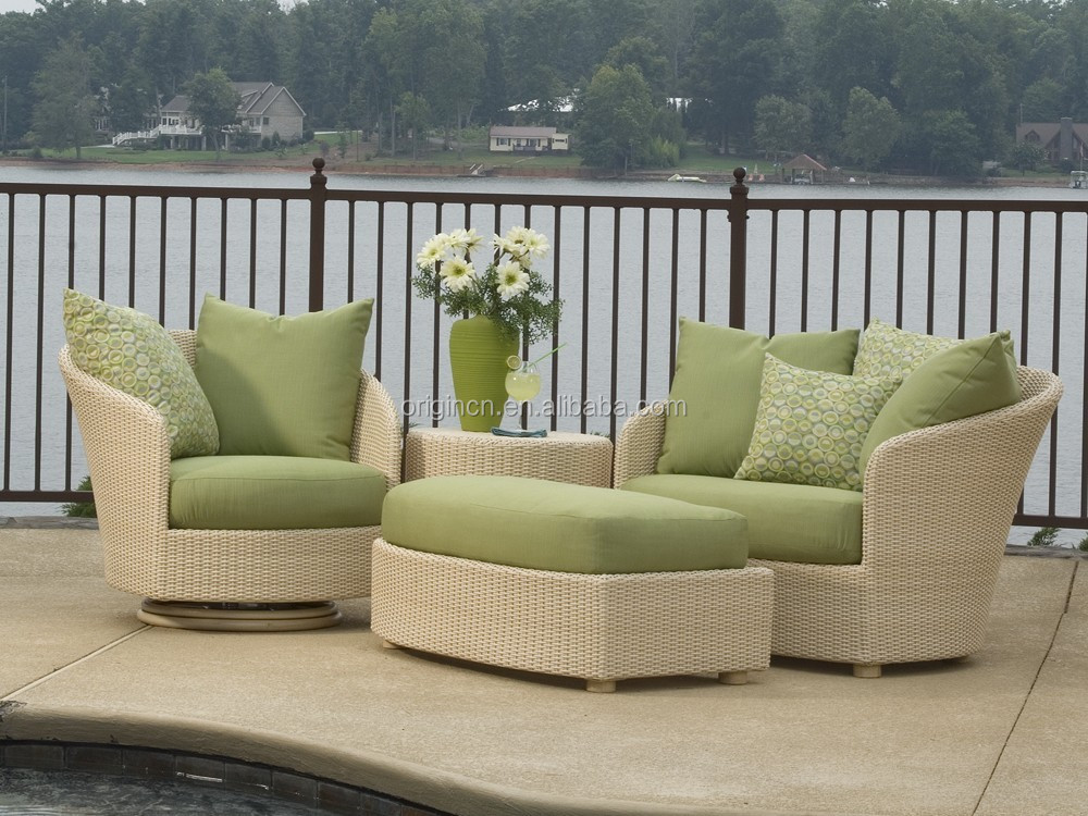 Elegant fancy style porch chatting sofa set PE rattan plastic garden furniture