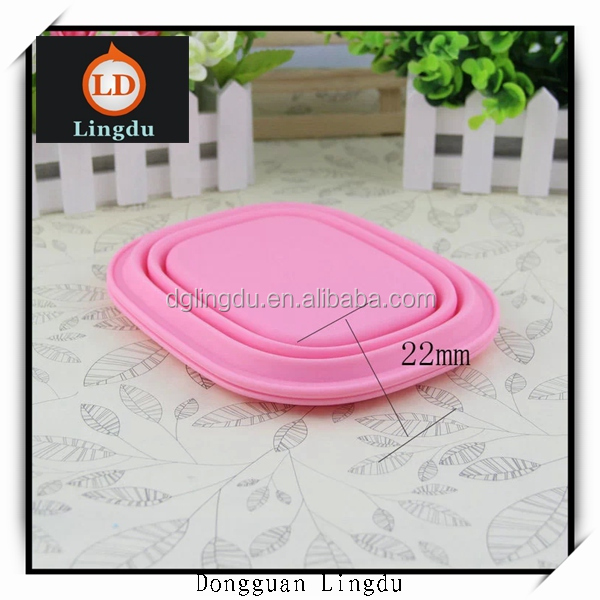 Plastic elastic bowl covers and bowl with straw