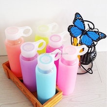 2015 new hot selling colorful glss kids water bottle with soft insulated silicon rubbery