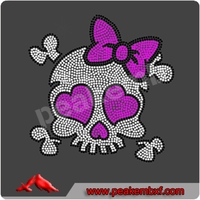Wholesale Iron-on Skull with Bow Rhinestone Transfer Clothing Stone Stickers