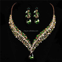 Trendy Design Shining Crystal Gold Lady Party Necklace Earrings Set