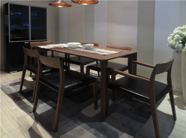 e 35 modern dining room furniture set ultra upscale dining upscale formal dining room set excellent condition in