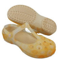 China Manufacturer for Holey Soles Shoes with Firework Pattern