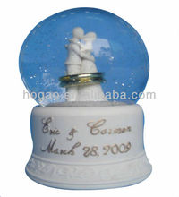 resin wedding snow crystal ball