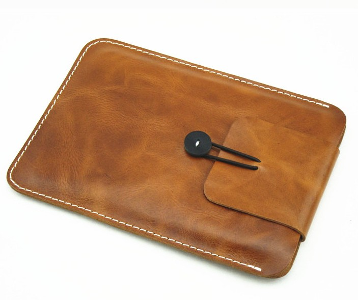 high quality leather pad mini air 2 3 4 cover in camel distressed tanner leather mini laptop sleeve