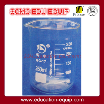 SE12001 Low Form Beaker with Spout and Graduation
