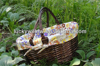Cheap wicker fruit basket with sewing handle / wicker picnic basket