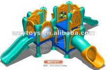 New design kids plastic playground slide and playhouse