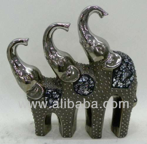 Ceramics elephant with glass