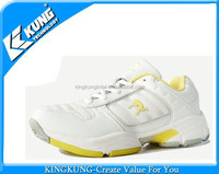 Latest badminton shoes low price taekwondo shoes