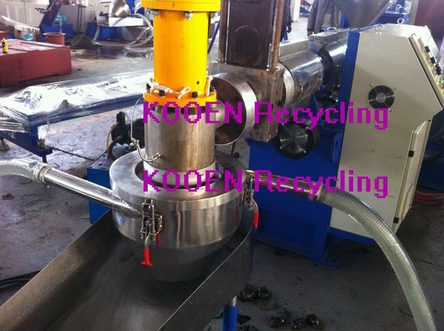 waste plastic recycling pelletizing machine/ plastic recycling extruder