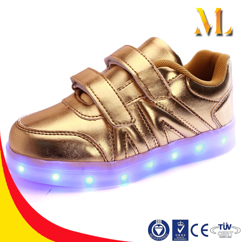 2016 gold Confortable sneakers Velcro hot style private sandals LED shoes kids light shoes