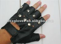 fashion gloves with nails