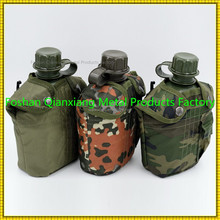 Cheap price different type water bottle with army-using